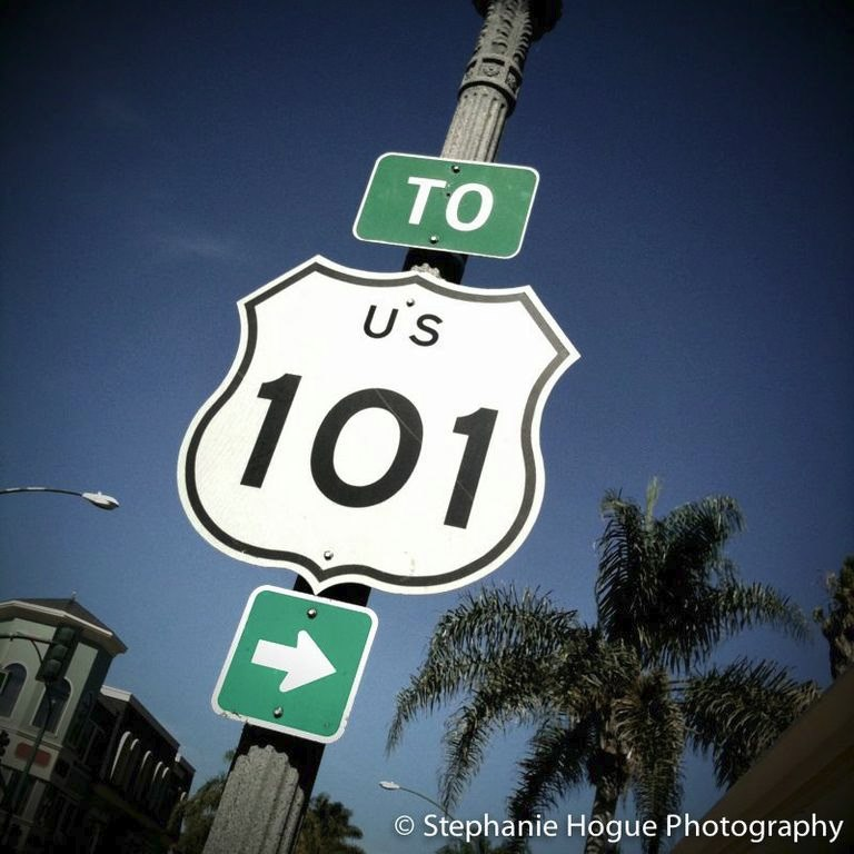 US Highway 101 sign in Ventura, California, pinned from https://www.pacific-coast-highway-travel.com/Ventura-Free-Public-Trolley.html