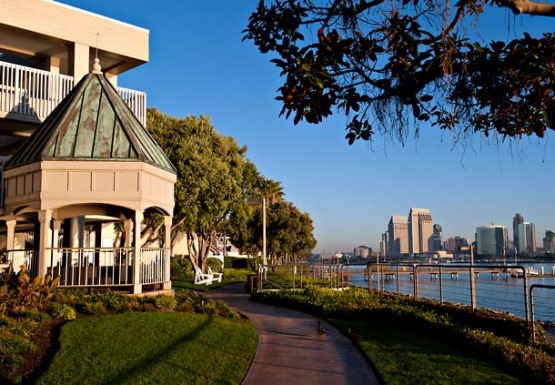 Marriott Coronado Island Resort Hotel in San Diego, from http://www.pacific-coast-highway-travel.com/Where-to-Stay-in-San-Diego.html